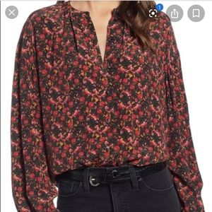 *LIKE NEW* Something Navy floral blouse - Size S